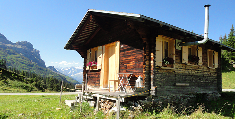 Alphütten, Maiensässe, Ferienhäuser mieten
