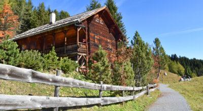 Wanderung von Arosa Maran zu den Prätschseen via Ober Prätschsee, Prätschalp, Unter Prätschsee und weiter auf dem Eichhörnliweg nach Arosa