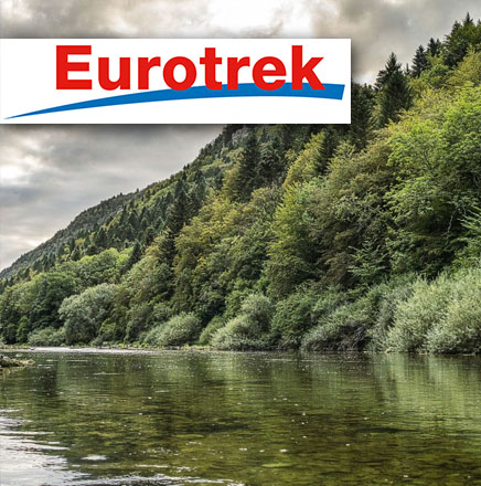 Wanderferien / Wanderreisen in der Schweiz auf dem au Fils du Doubs mit Wandern ohne Gepäck