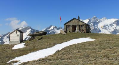 Bergwanderung in der Surselva von Breil / Brigels zur Bifertenhütte am Kistenpass