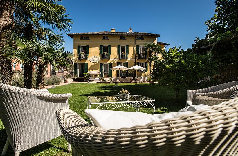 Villa Carona, Carona