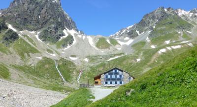 Bergwanderung über die Garda zur Chamonna Tuoi CAS nach Ftan