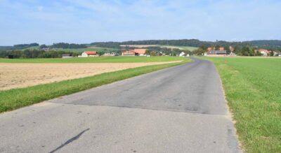 Wanderung von Düdingen via Schiffenensee zu Magdalena Einsiedelei und weiter auf dem Sinn- und Klangweg über das Grandfey Viadukt nach Fribourg Poya