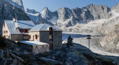 Wanderung von Maloja, im Val Bregaglia, durch das Val Forno zur Capanna del Forno CAS / Fornohütte