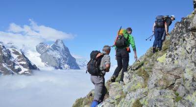 Wanderung vom Hotel Wetterhorn bei Grindelwald über den Erlebnisbergweg Tucki und Ischpfad zur Glecksteinhütte beim Wetterhorn