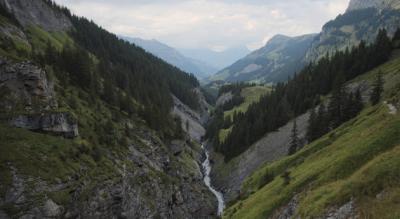 Wanderung von der Griesalp im Kiental via Bürgli, Gamchi zur Gspaltenhornhütte und mit Abstieg via Oberloch, Sennhütte Läger / Bundläger, Oberi Bundalp, Underi Bundalp zurück zur Griesalp