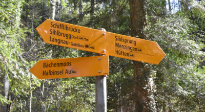 Wanderung von Hirzel, Spitzen hinab zum Sihlwald und zur Sihl und weiter auf dem Sihluferweg durch das Sihltal nach Sihlbrugg, Dorf