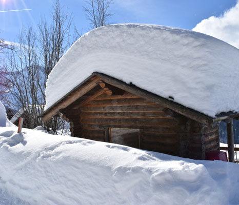 Hotels im Schnee und in den Bergen – Winterferien Schweiz