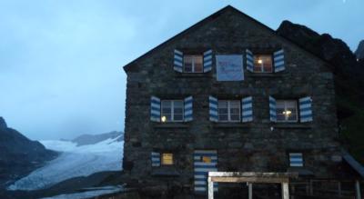 Rundwanderung Maderanertal von Golzern zur Hüfihütte, Windgällenhütte, Golzernsee