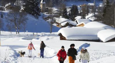 Winterwanderung auf dem Rundweg von Klosters Platz zum Bergrestaurant / Berghaus Alpenrösli und wieder zurück nach Klosters