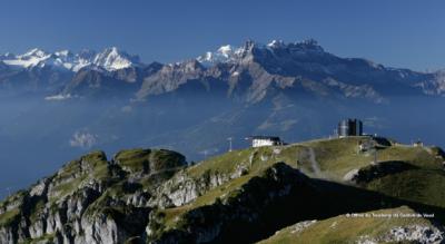 Rundwanderung von Leysin-Feydey zum Berneuse, Drehrestaurant Le Kuklos, und zum Lac d'Ai und Lac de Mayen