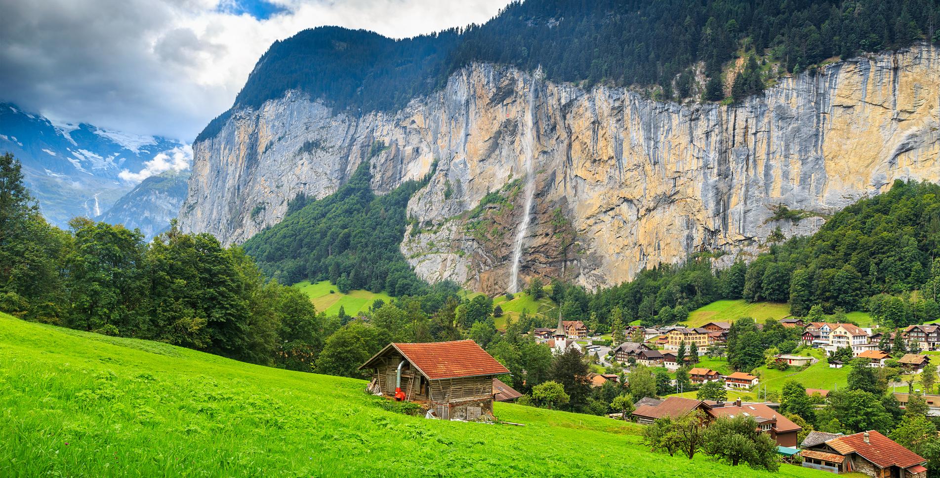 Wanderung im Tal der 72 Wasserfälle: Stechelberg - Trümmelbachfälle - Lauterbrunnen