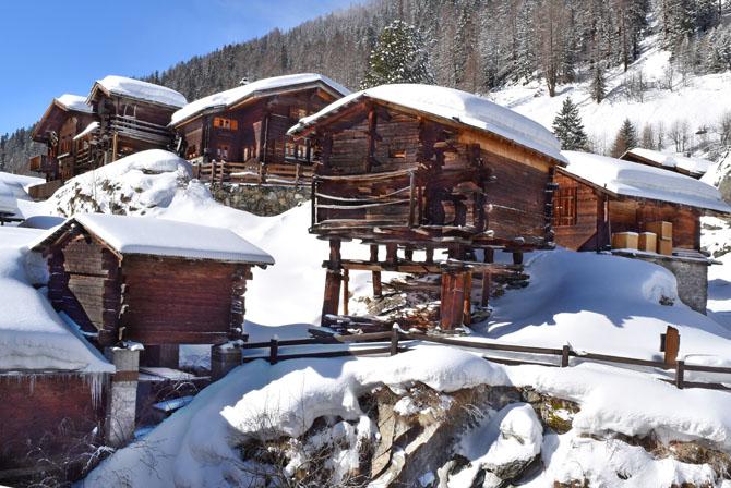 Lötschental, Wallis: Winterwanderungen und Schneeschuhtouren