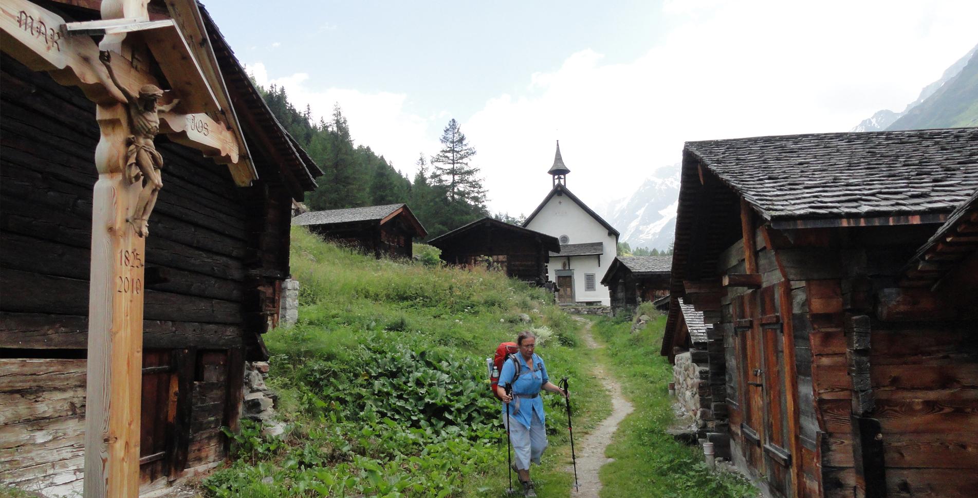 Wanderung auf dem Lötschentaler Höhenweg von der Lauchernalp via Schwarzsee, Fafleralp nach Blatten im Lötschental