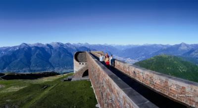 Spektakulärer Höhenweg vom Monte Lema zum Monte Tamaro