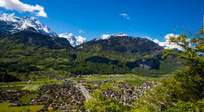 Wanderung auf dem Panoramaweg Hasliberg von Hasliberg Reuti via Hasliberg Wasserwendi, Hohfluh zum Brünigpass / Brünig