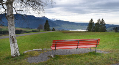 Wanderung vom Raten via Höhronen, Dreiländerstein auf den Wildspitz und weiter via Tomislochhöchi nach Biberbrugg