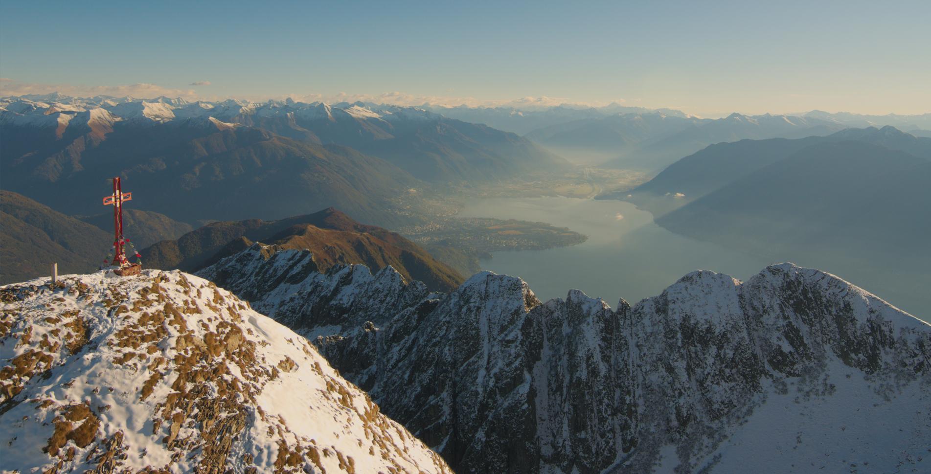 Wanderung auf den Monte Gridone am Lago Maggiore und zum Rifugio Al Legn