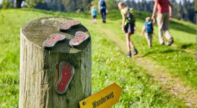 Wanderung auf dem Themenweg «Köhlerei Romoos» von Romoos nach Bramboden im Entlebuch
