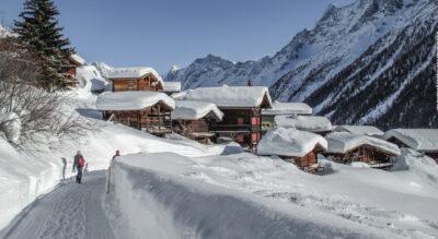 Schneeschuhtour im Lötschental von der Lauchernalp zur Lötschenpasshütte am Lötschenpass