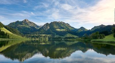 Wanderung vom Schwarzsee (Fribourg) über den Euschelspass nach Jaun mit Einkehrmöglichkeit auf der Alp Hubel Rippa, Alp Steinige Rippa, Alp Antoni Brecca, Unterer Euschels und auf der Ritzli-Alp