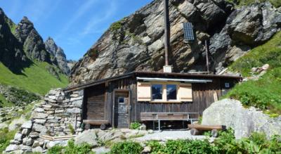 Wanderung von der Madrisa Bergstation via Schlappin, Kübliser Alp, Schijenfurgga zur Seetalhütte und weiter via Sardasca, Alp Garfiun nach Monbiel / Klosters