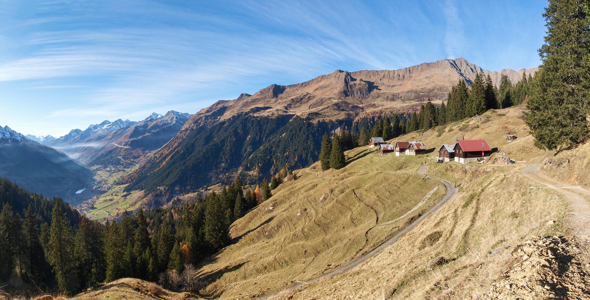 1. Etappe der Wanderung / Höhenwanderung auf der Strada Alta im Tessin und im Valle Leventina von Airolo via Brugnasco, Altanca, Deggio, Lurengo, Freggio nach Osco