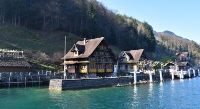 Wanderung auf dem Weg der Schweiz dem Urnersee entlang von Seelisberg (Treib) via Bauen nach Isleten