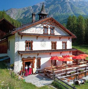 Hotels, Pensionen und Gasthäuser im Unterengadin wie Scuol, Samnaun, Val Sinestra, Guarda, Ftan etc.