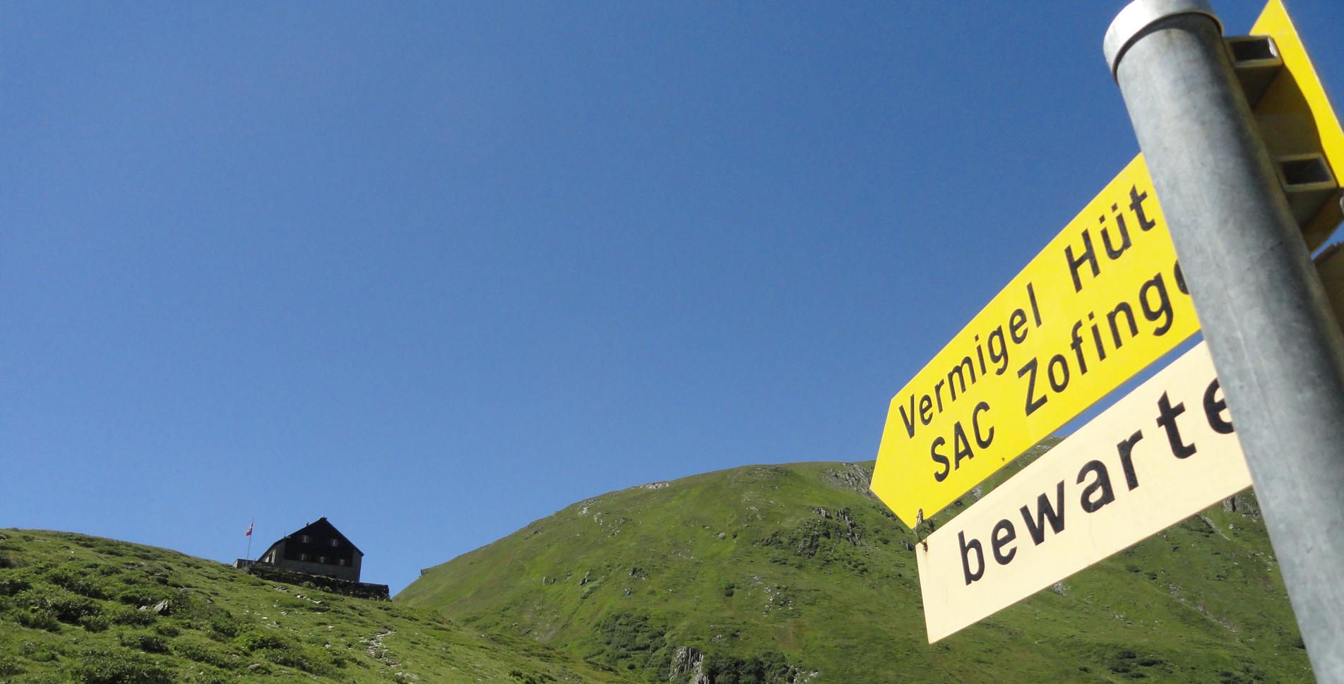 Andermatt – Vermigelhütte – Maighelspass – Val Maighels – Passo Bornengo – Capanna Cadlimo – Capanna Cadagno – Lago Ritom – Piora