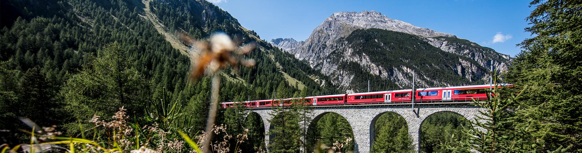 Wanderung auf dem Kultur- und Weitwanderweg Nr. 64 Via Sett von Thusis über den Septimerpass ins Bergell und nach Chiavenna, Italien