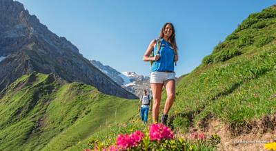 Panoramawanderung Adelboden: Sillerenbühl – Hahnenmoos – Bütschi – Bergläger