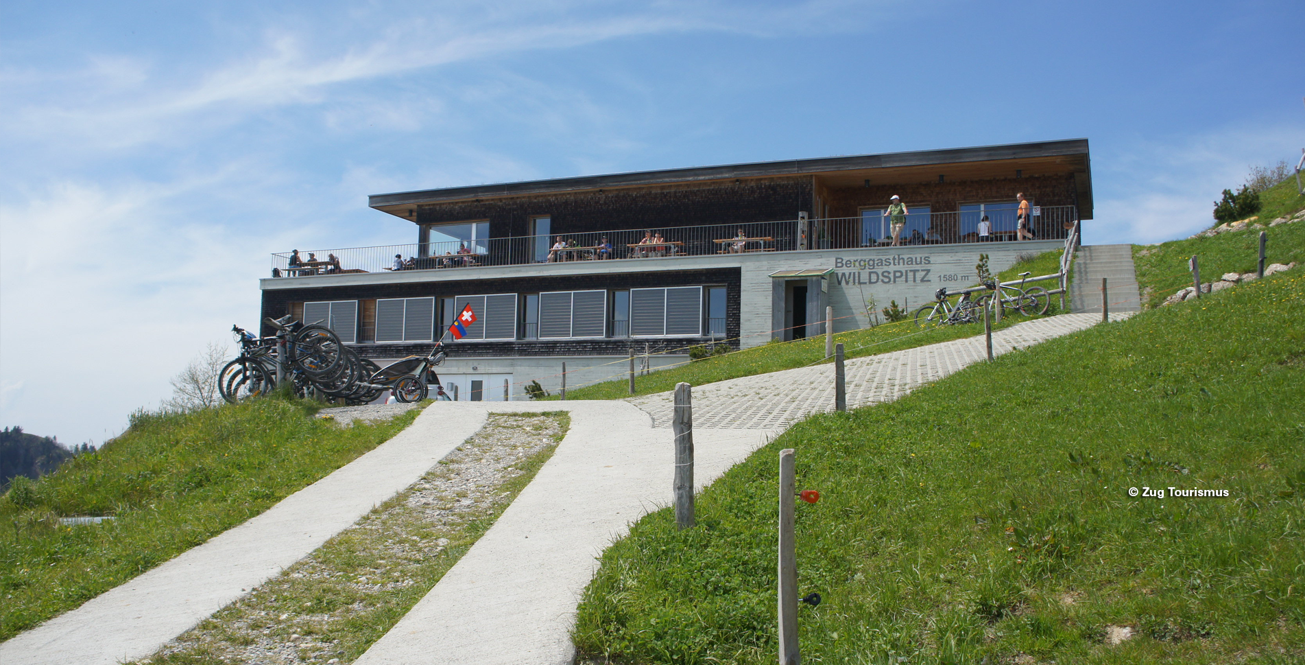 Wanderung von Sattel–Ägeri via Alpwirtschaft Halsegg auf den Wildspitz, dem höchsten Punkt im Kanton Zug und weiter via Gnipen (Goldauer Bergsturz), Spitzbühlalp, Ochsenboden nach Arth-Goldau