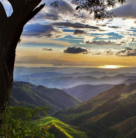 Wandern in Costa Rica, Südamerika, auf einer Wanderreise / Wanderferien