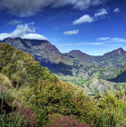 Wandern auf La Réunion im Indischen Ozean (Afrika) auf einer Wanderreise / Wanderferien