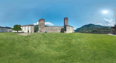 Wanderung von Bellinzona zu den drei Burgen Castelgrande, Castello di Montebello und Castello di Sasso Corbaro und wieder zurück zum Ausgangspunkt.