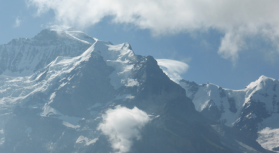 Wanderung auf dem Höhenweg von der Grütschalp oberhalb Lauterbrunnen via Allmendhubel, Suppenalp, Schiltalp, Spielbodenalp, Schilttal nach Gimmelwald oberhalb Stechelberg im Lauterbrunnental