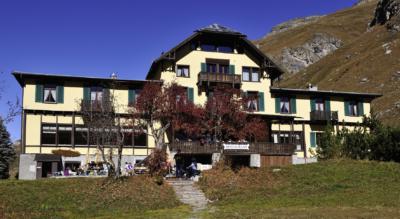 Wanderung von Furtschellas, Sils, zum Lej Sgrischus und ins Val Fex / Fextal und weiter via La Motta, Crasta, Platta nach Sils Maria