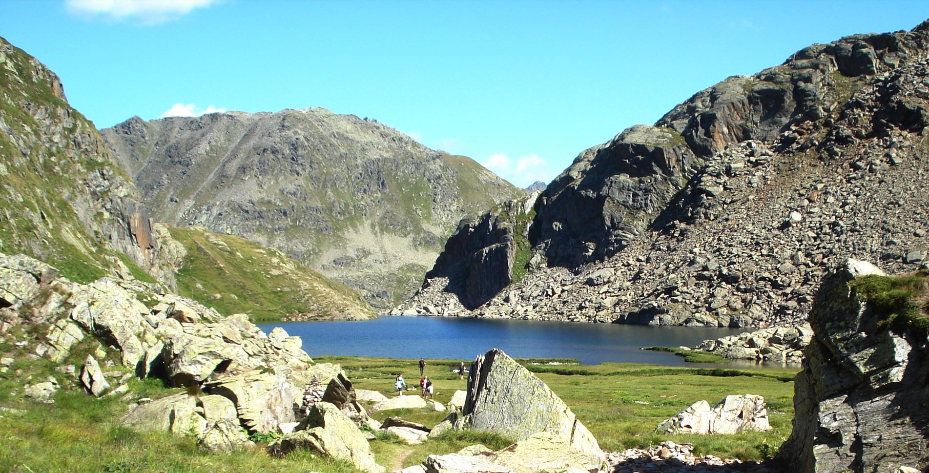 1. Etappe Wanderung auf dem Vier-Quellen-Weg vom Oberalppass zum Tomasee / Lai da Tuma und zur Rheinquelle und weiter via Maighelshütte, Val Maighels, Maighelspass, Portgerensee zur Vermigelhütte