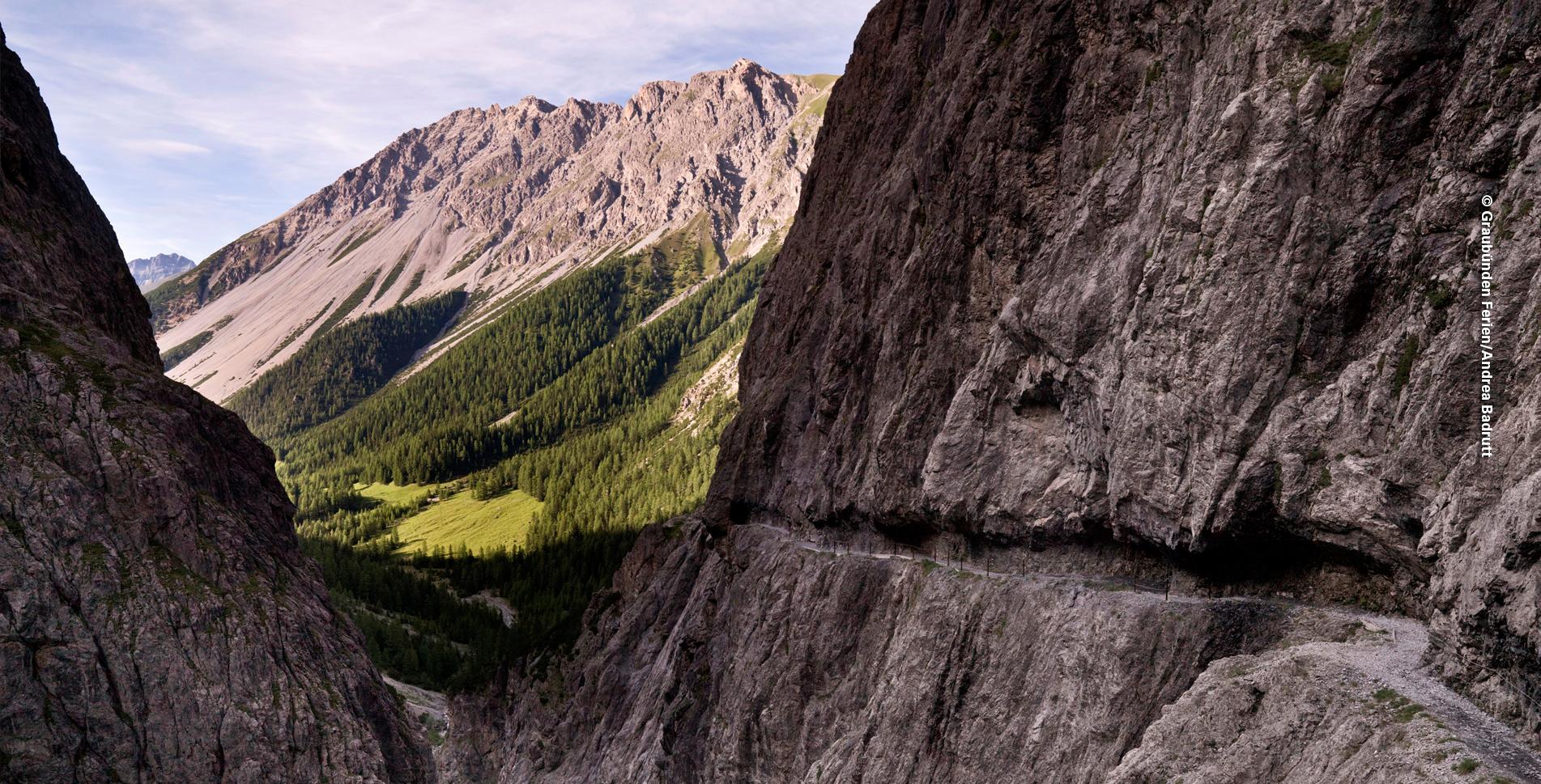 Wanderung ins Val d'Uina von S-charl bei Scoul, Unterengadin, via Val Sesvenna, Fuorcla Sesvenna, Sesvennahütte, Schlinigpass, Val d'Uina, Uina Dadaint, Uina Dadora nach Sur En