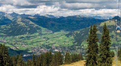 Wanderung von Höhi Wispile, Gstaad, via Chrinetritt, Chrinepass, Chrine, Lauenensee nach Lauenen