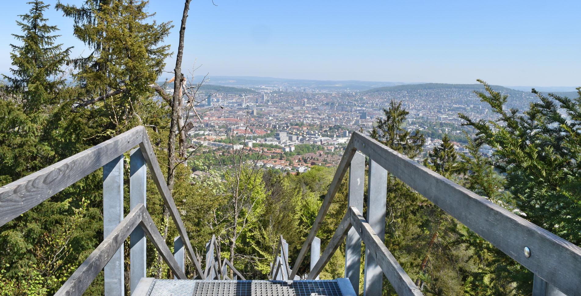 Wanderung von Zürich Albisgüetli auf den Uetliberg zur Annaburg und weiter via Fallätschen, Mädikon, Balderen, Leimbach nach Zürich Wollishofen.