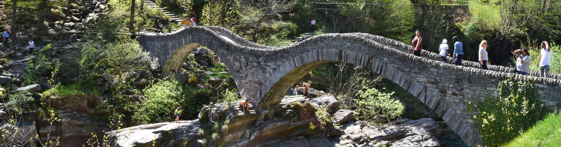 Wanderungen im Verzascatal / Valle Verzasca, Tessin – Jetzt geht's los auf die schönsten Wanderwege im Verzascatal.