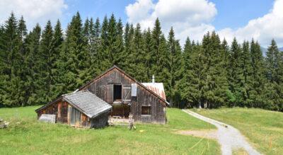Wanderung auf dem Rheintaler Höhenweg von Wildhaus Oberdorf via Ölberg, Gamperfin zum Voralpsee und zurm Berghaus Voralp oberhalb von Grabs