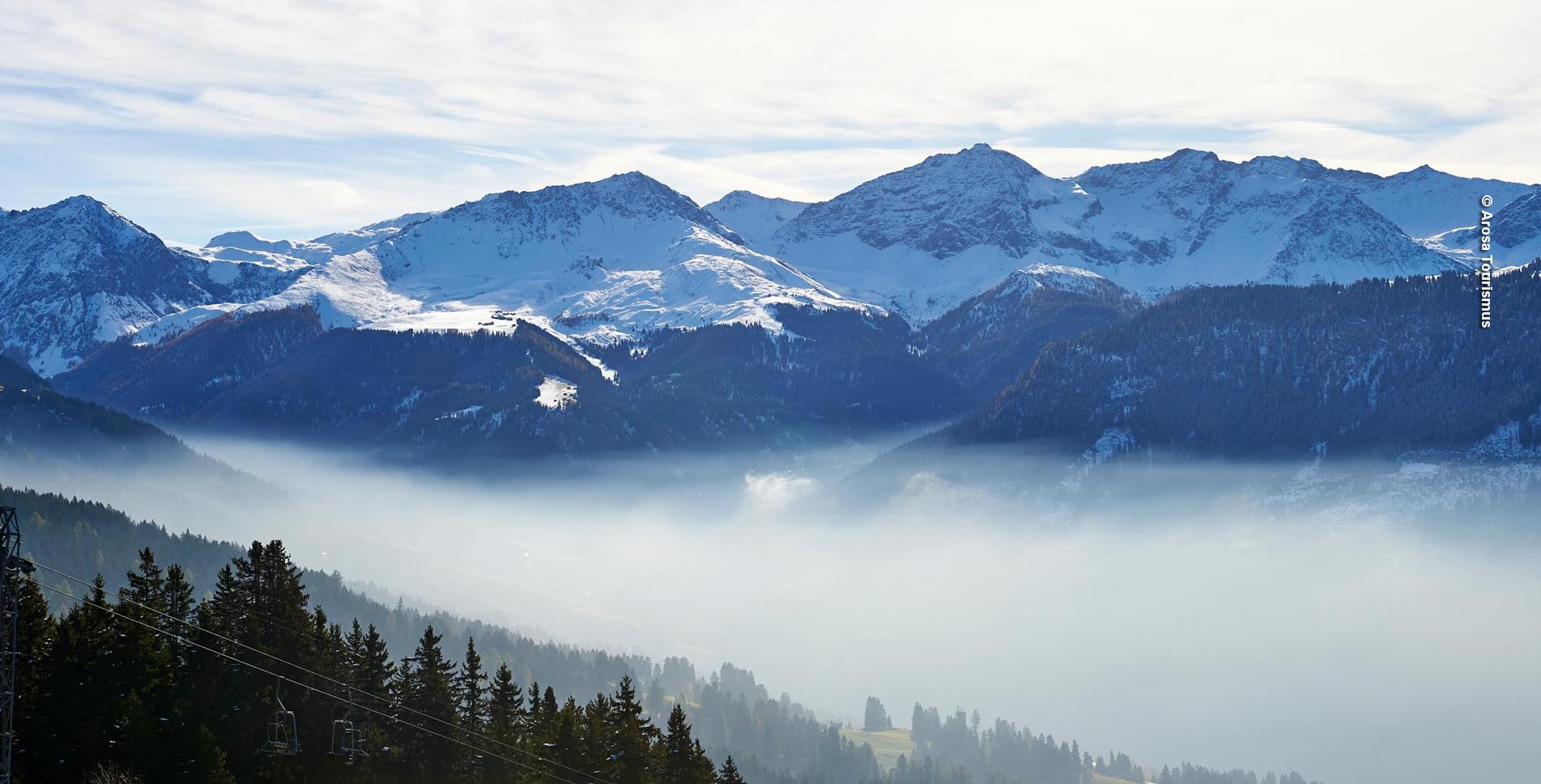 Winterwanderung im Tal Schanfigg oberhalb von St. Peter-Molinis von der Bergstation Triele Hochwang nach Fatschél