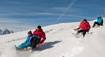 Winterwanderung auf dem Rellerli oberhalb Gstaad / Schönried, auf dem Panorama-Rundweg via Hugeli wieder zurück zum Rellerli